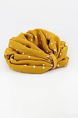 Šály - Veľký dvojitý ľanový nákrčník prekrásnej zlatožltej farby s bodkami - 11150922_