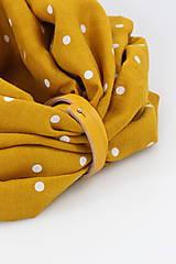 Šály - Veľký dvojitý ľanový nákrčník prekrásnej zlatožltej farby s bodkami - 11150923_