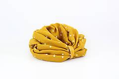 Šály - Veľký dvojitý ľanový nákrčník prekrásnej zlatožltej farby s bodkami - 11150930_