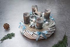 Dekorácie - Adventný veniec - 11151750_