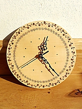 drevené vypaľované hodiny