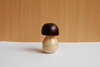 Dekorácie - Dekorácia z dreva - Lieskový dubáčik - 11151381_