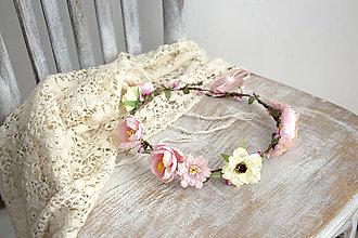 Ozdoby do vlasov - Kvetinový venček ,,jemný ružový,, - 11151308_