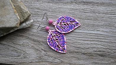 Náušnice - Veľké drevené maľované náušnice (Ružovo fialové lístky č. 2890) - 11148995_