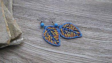 Náušnice - Veľké drevené maľované náušnice (modré lístky č. 2892) - 11149017_