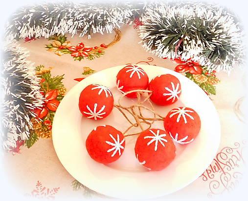 Plstené vianočné gule