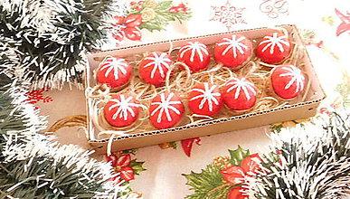Dekorácie - Plstené vianočné oriešky - 11149203_