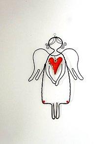 Dekorácie - anjel s keramickým srdcom - 11148587_