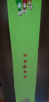 Úžitkový textil - Maľovaný obrus stredový,hráškový, 25 x 140 cm - 11154628_