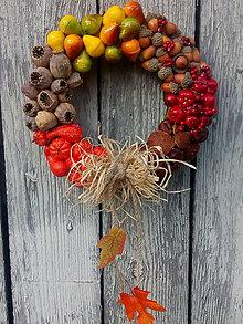 Dekorácie - jesenný venček na dvere - 11155989_