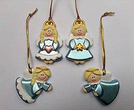 Dekorácie - Sada 4 modrostrieborných anjelikov - 11155709_