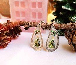 Náušnice - Vianočné náušnice napichovacie s vianočným stromčekom - 11156064_
