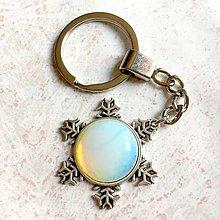 Kľúčenky - Opalite Snowflake Keychain / Kľúčenka s opalitom - snehová vločka - 11160480_