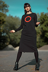 Šaty - FNDLK úpletové šaty 426 RVL midi s rozparkem - 11156981_