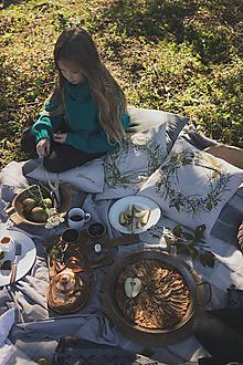 Úžitkový textil - Vankúš s vencom bobuľovín - 11158895_