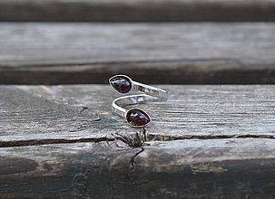 Prstene - Duo prsteň Granát z rhodiovaného striebra - 11158909_