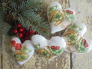 Dekorácie - Vianočné srdiečka,..... - 11157022_