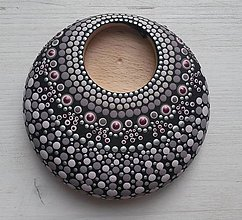 Svietidlá a sviečky - Bodkovaný drevený svietnik - akryl (Drevený svietnik 4) - 11164533_