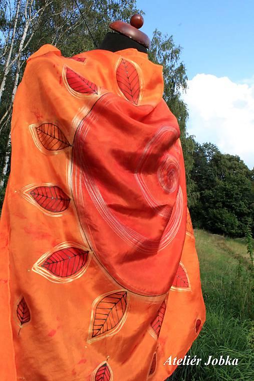 Hedvábný šátek Slunce s listy