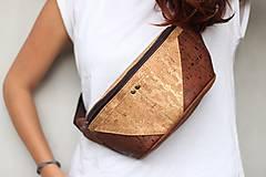 Iné tašky - Ľadvinka - zlatý a hnedý korok plus hnedá poťahová látka - 11162992_