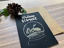 Papiernictvo - Vianočná pohľadnica - Krajinka (čierna pohľadnica so strieborným laminovaním) - 11164391_