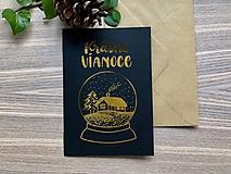 Vianočná pohľadnica - Krajinka (čierna pohľadnica so zlatým laminovaním)
