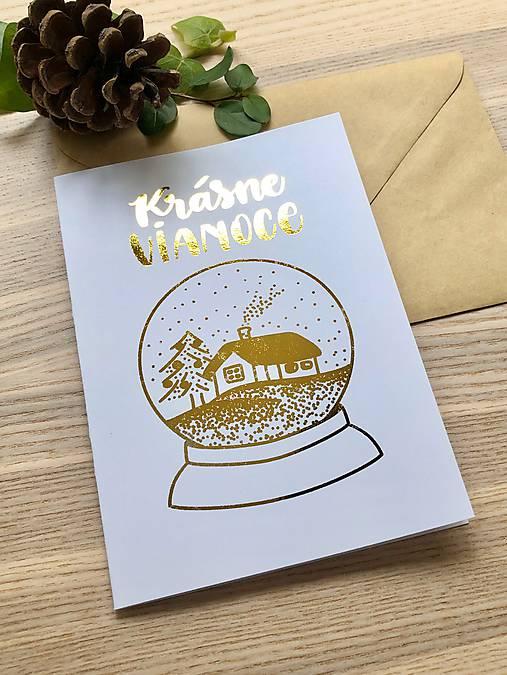 Vianočná pohľadnica - Krajinka (biela pohľadnica so zlatým laminovaním)