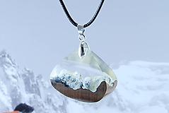 Náhrdelníky - Tatry- Drevený náhrdelník - 11162776_
