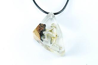 Náhrdelníky - Horolezec- Drevený náhrdelník hranatý - 11162671_
