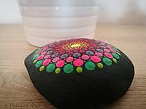 """Dekorácie - Maľovaný kameň mandala """"Energia II"""" - 11164364_"""