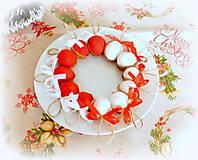 Dekorácie - Plstené vianočné oriešky s mašličkou - 11163806_