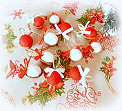 Dekorácie - Plstené vianočné oriešky s mašličkou - 11163814_