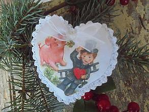 Dekorácie - Veselé vianočné srdiečka,..... - 11161132_