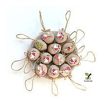 Dekorácie - Obrovské orechy s drevenými vianočnými obrázkami - 11165390_