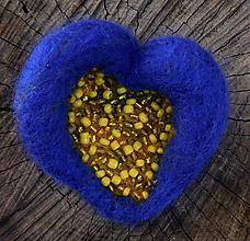 Odznaky/Brošne - brož fialková plstené srdce - 11166455_