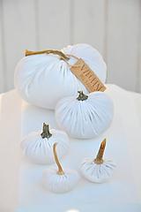 Dekorácie - zamatové tekvičky, biele, sada č.2 - 11165745_