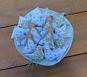 Dekorácie - Bielo-zlatá súprava vianočných ozdôb, 14 ks v sade - 11166696_