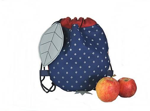 batoh Jabĺčko červené + modrotlač 1