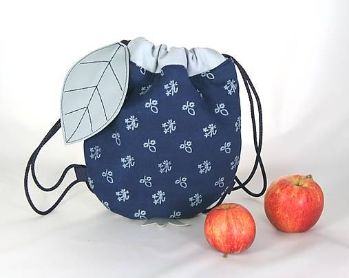 batoh Jabĺčko bledomodré + modrotlač 1
