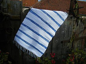 Úžitkový textil - Tkaný koberec bielo-modrý - 11167286_