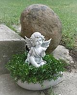 Dekorácie - S anjelom so srdiečkom na dlani - 11168006_