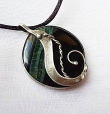 Šperky - Prívesok so sokolím okom ☼ ZÉPHYRINE ☼ - 11168108_