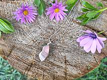 Náhrdelníky - Prívesok z ružového achátu - 11168087_