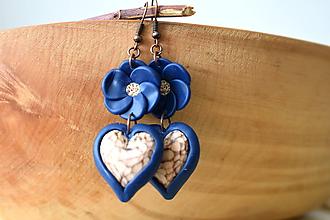Náušnice - modré náušnice s lipovými srdiečkami - 11168948_
