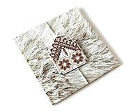 Papiernictvo - Puto domova II- vyšívaná vianočná pohľadnica - 11169877_