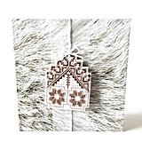 Papiernictvo - Puto domova II- vyšívaná vianočná pohľadnica - 11169879_