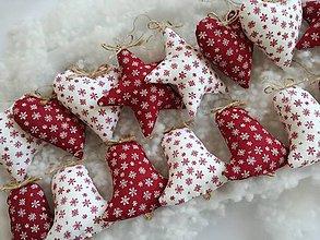 Dekorácie - Vianočné ozdoby hviezdy,zvončky,srdiečka (Srdiečko červené) - 11171362_