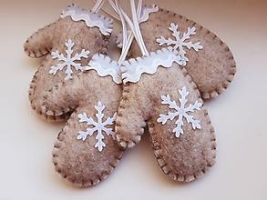 Dekorácie - Vianočné rukavičky - bledohnedé - 11171326_