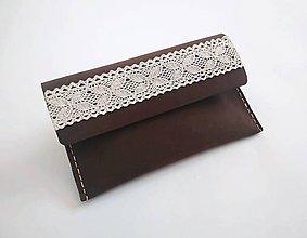 Taštičky - Peračník kožený s čipkou tmavohnedá nubuk - 11171723_