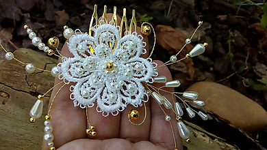 Ozdoby do vlasov - čipkový svadobný hrebienok - ivory + zlatá - 11170718_